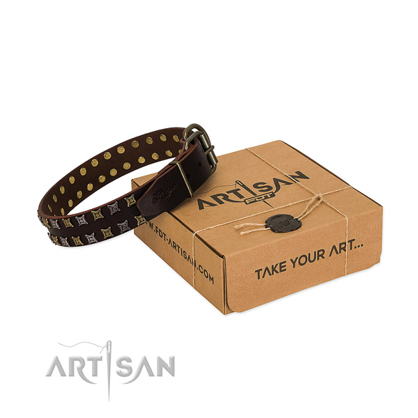 Reliable full grain natural leather dog collar made for your doggie