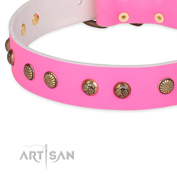 Top notch natural genuine leather collar for your lovely doggie