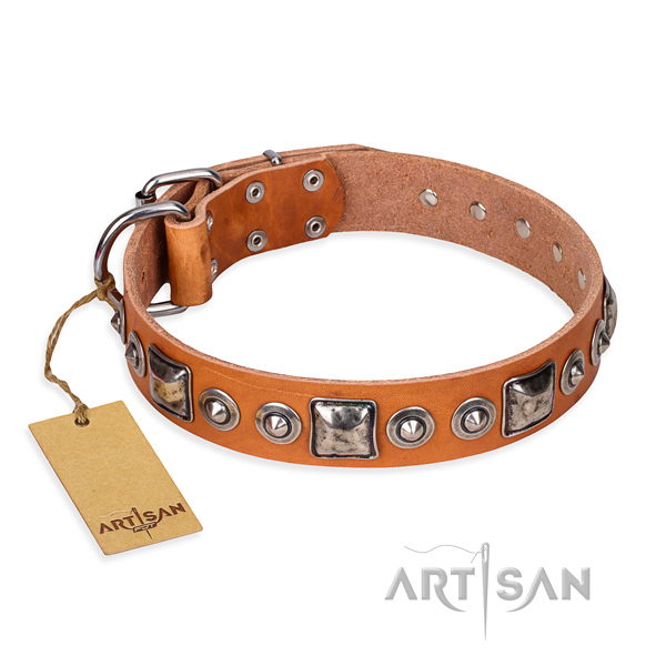 Natural genuine leather dog collar made of quality material with rust-proof traditional buckle