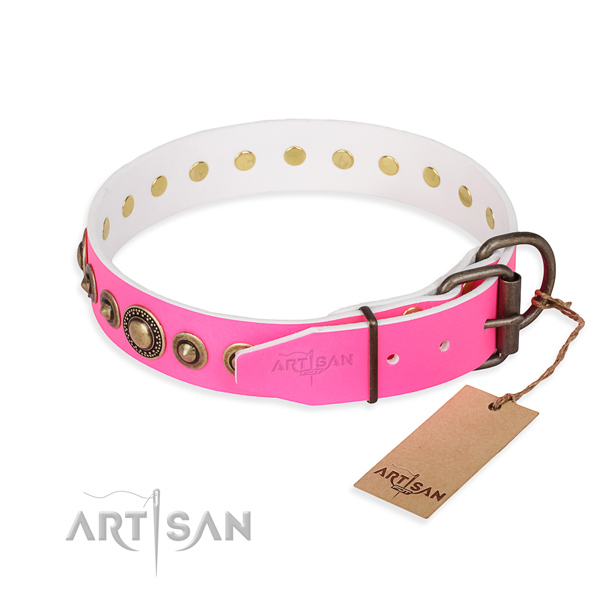Top rate natural genuine leather dog collar crafted for walking
