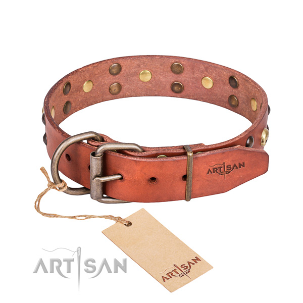 Leather dog collar with smooth edges for convenient strolling